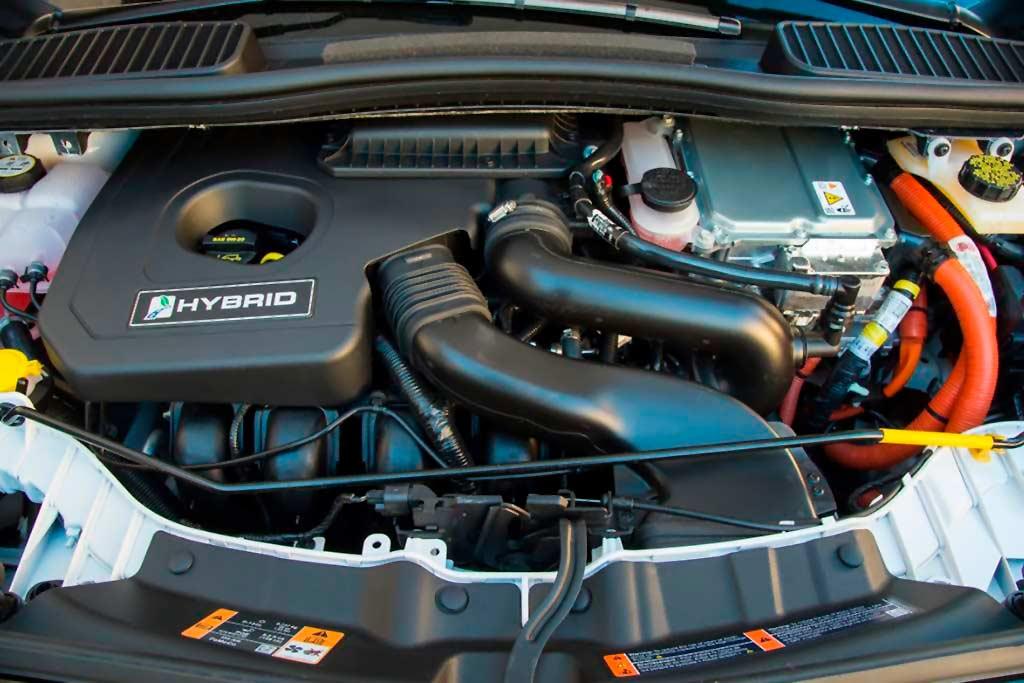 como funciona un motor hibrido