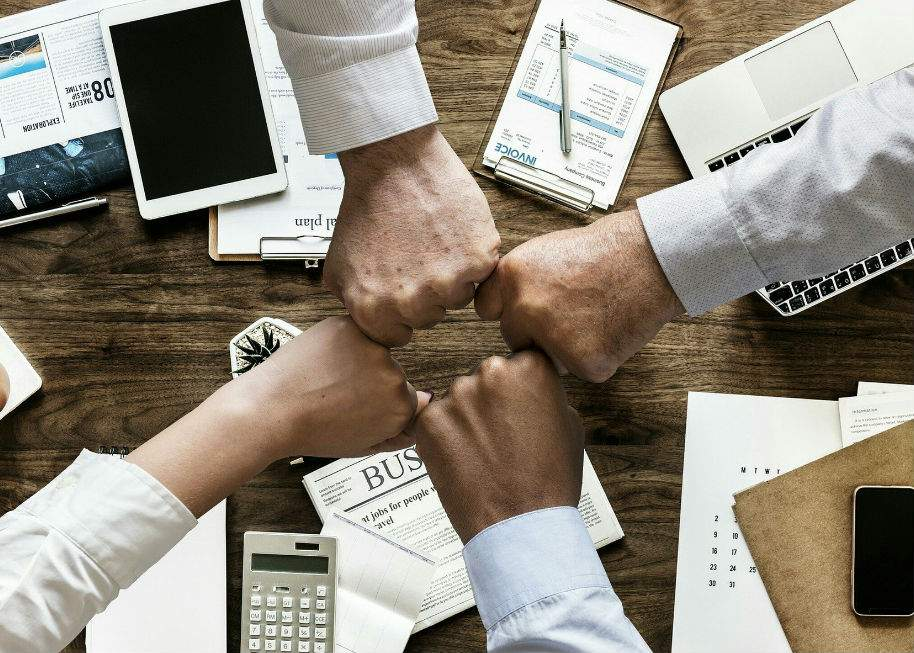 reputación corportaiva en base a la relación con los clientes